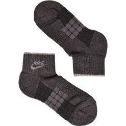 Nike - Skarpety Waffle. Czarne skarpetki męskie Nike Sportswear, z bawełny. W wyprzedaży za 17,90 zł.