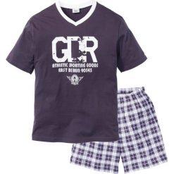 Piżama z krótkimi spodenkami bonprix śliwkowo-biały. Fioletowe piżamy męskie bonprix, l, z krótkim rękawem. Za 44,99 zł.
