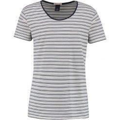 T-shirty męskie z nadrukiem: Scotch & Soda CLASSIC DEEP CREWNECK Tshirt z nadrukiem white