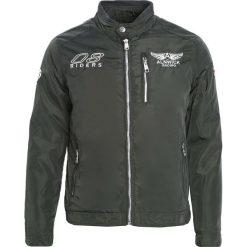 Ciemnozielona Kurtka Learning Quicker. Czarne kurtki męskie zimowe marki Born2be, l, z aplikacjami, z dresówki. Za 69,99 zł.