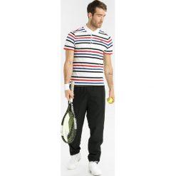 Lacoste Sport TENNIS  Koszulka polo white/black/marino/red. Białe koszulki sportowe męskie Lacoste Sport, m, z bawełny. Za 349,00 zł.
