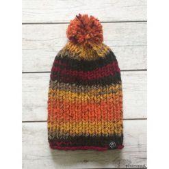 Bardzo ciepła kolorowa czapka. Szare czapeczki niemowlęce Pakamera, w kolorowe wzory. Za 70,00 zł.