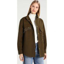 Płaszcze damskie pastelowe: Freequent Krótki płaszcz army green