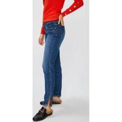 Guess Jeans - Jeansy Marilyn 3 Zip. Niebieskie boyfriendy damskie Guess Jeans, z obniżonym stanem. Za 399,90 zł.