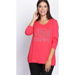 Różowa Bluzka Feel Love. Czerwone bluzki longsleeves marki Born2be, xl, z aplikacjami, z okrągłym kołnierzem. Za 34,99 zł.