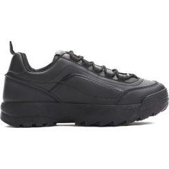 Czarne Sneakersy Get This. Czarne sneakersy damskie marki Born2be, z materiału. Za 89,99 zł.