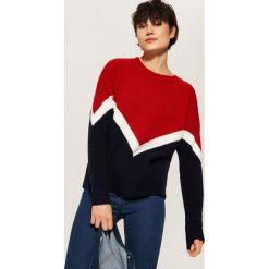 Trójkolorowy sweter - Czerwony. Czerwone swetry klasyczne damskie marki House, l. Za 69,99 zł.