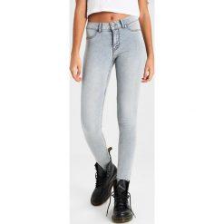 Cheap Monday HIGH SPRAY Jeans Skinny Fit stoned. Szare rurki damskie Cheap Monday. Za 249,00 zł.
