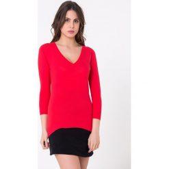 Bluzki damskie: Bluzka w kolorze czerwonym
