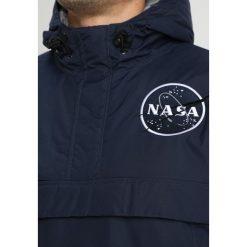 Alpha Industries NASA ANORAKFUNKTION Kurtka zimowa rep blue. Czarne kurtki męskie zimowe marki Alpha Industries, m, z aplikacjami. Za 839,00 zł.