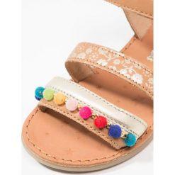Shoo Pom HAPPY POMPON Sandały camel/multicolor. Brązowe sandały chłopięce Shoo Pom, z materiału. Za 309,00 zł.