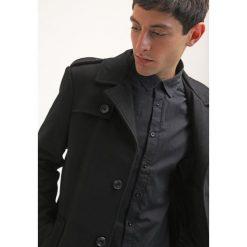 KIOMI Krótki płaszcz black. Czarne płaszcze damskie KIOMI, m, z materiału. Za 509,00 zł.