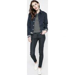 Levi's - Jeansy Line 8. Brązowe jeansy damskie rurki marki Levi's®, z obniżonym stanem. W wyprzedaży za 219,90 zł.