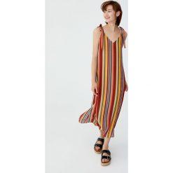 Długa sukienka z węzłami na ramiączkach. Szare długie sukienki Pull&Bear, z długim rękawem. Za 69,90 zł.