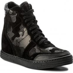 Sneakersy ROBERTO - 588 Czarny. Czarne sneakersy damskie Roberto, ze skóry. W wyprzedaży za 269,00 zł.