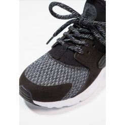Trampki dziewczęce: Nike Sportswear HUARACHE RUN ULTRA SE (PS) Tenisówki i Trampki black/anthracite/cool grey