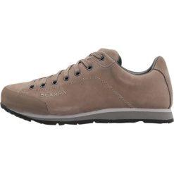 Scarpa MARGARITA  Obuwie hikingowe cigar. Brązowe buty sportowe męskie Scarpa, z gumy, outdoorowe. W wyprzedaży za 527,20 zł.