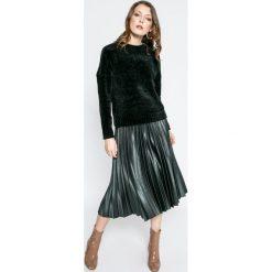 Only - Sweter Dicte. Czarne swetry klasyczne damskie ONLY, s, z dzianiny, z okrągłym kołnierzem. W wyprzedaży za 89,90 zł.