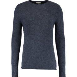 Swetry klasyczne męskie: Selected Homme CREWNECK Sweter dark sapphire