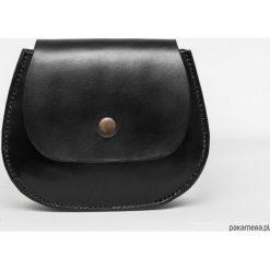 Torebka skórzana na ramię/biodro B2. Czarne torebki klasyczne damskie Pakamera, z materiału. Za 350,00 zł.