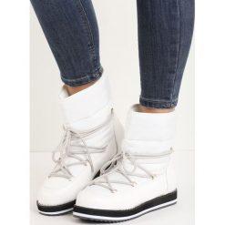 Białe Śniegowce Eskimo. Białe buty zimowe damskie Born2be. Za 109,99 zł.
