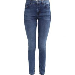 Topshop LEIGH  Jeans Skinny Fit light blue. Niebieskie jeansy damskie marki Topshop. Za 209,00 zł.