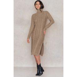 Sukienki: NA-KD Dzianinowa sukienka z rozcięciami - Beige