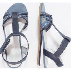S.Oliver RED LABEL Sandały na koturnie blue. Niebieskie sandały chłopięce marki s.Oliver RED LABEL, z materiału. Za 129,00 zł.