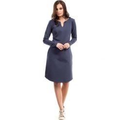 Niebieska Sukienka Trapezowa z Długim Rękawem. Niebieskie sukienki mini marki Molly.pl, na co dzień, l, z elastanu, z klasycznym kołnierzykiem, oversize. Za 119,90 zł.