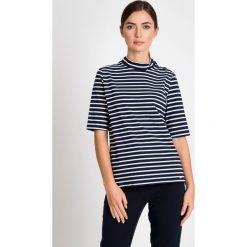 Bluzki damskie: Granatowa bluzka w paski ze stójką QUIOSQUE