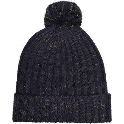 CZAPKA. Czarne czapki zimowe damskie Top Secret. Za 29,99 zł.