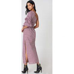 Sukienki hiszpanki: Hot & Delicious Sukienka w kratę z odkrytym ramieniem – Red,Multicolor