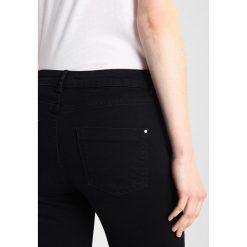 Dorothy Perkins DARCY Jeans Skinny Fit black. Czarne jeansy damskie marki Dorothy Perkins. Za 129,00 zł.