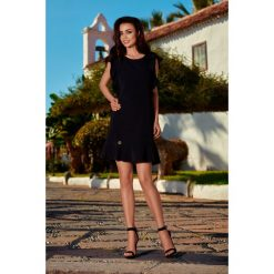 Sukienki: Wizytowa sukienka z falbankami czarna
