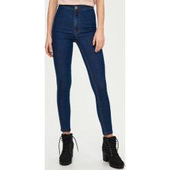 Jeansy skinny high waist - Granatowy. Niebieskie jeansy damskie skinny marki Sinsay, z podwyższonym stanem. W wyprzedaży za 59,99 zł.
