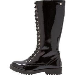 XTI Kozaki sznurowane black. Czarne buty zimowe damskie Xti, z materiału. W wyprzedaży za 149,50 zł.