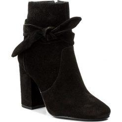 Botki SCHUTZ - S 20280 0007 0001 U  Black. Czarne buty zimowe damskie Schutz, z materiału, na obcasie. W wyprzedaży za 469,00 zł.