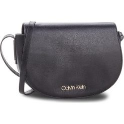 Torebka CALVIN KLEIN - Frame Med Saddle Bag K60K604451 001. Czarne listonoszki damskie Calvin Klein, ze skóry ekologicznej. Za 449,00 zł.