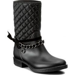 Kalosze GUESS - Romy FLROW3 RUB11 BLKBL. Czarne buty zimowe damskie marki Guess, z aplikacjami, z materiału. W wyprzedaży za 289,00 zł.