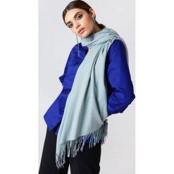 Szaliki damskie: NA-KD Accessories Tkany szalik – Grey