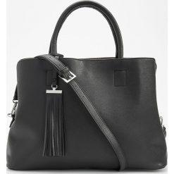 Torebka typu city bag - Czarny. Czarne torebki klasyczne damskie marki Reserved. Za 129,99 zł.