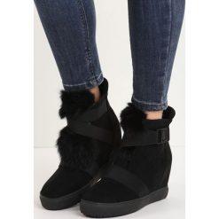 Czarne Sneakersy Ready or Not. Czarne sneakersy damskie Born2be, z okrągłym noskiem, na niskim obcasie, na koturnie, ze sprzączką. Za 119,99 zł.