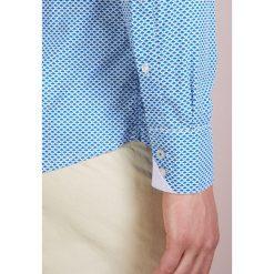 BOSS CASUAL RELEGANT REGULAR FIT Koszula blue. Niebieskie koszule męskie na spinki BOSS Casual, m, z bawełny. Za 419,00 zł.