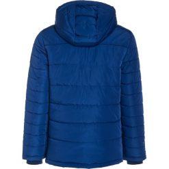 Petrol Industries Kurtka zimowa imperial blue. Niebieskie kurtki chłopięce zimowe marki Petrol Industries, z materiału. W wyprzedaży za 220,35 zł.