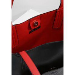 New Look ELIANA CONTRAST UNLINED TOTE Torba na zakupy red. Czarne shopper bag damskie marki New Look, z materiału, na obcasie. Za 139,00 zł.