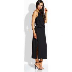 Długie sukienki: Długa elegancka sukienka z oryginalnym dekoltem czarny