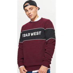 Bluza z napisem - Bordowy. Czerwone bluzy męskie rozpinane marki Cropp, l, z napisami. Za 99,99 zł.