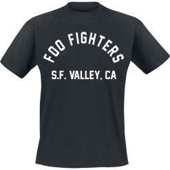 Foo Fighters SF Valley T-Shirt czarny. Czarne t-shirty męskie z nadrukiem Foo Fighters, s, z okrągłym kołnierzem. Za 74,90 zł.