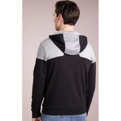 BOSS ATHLEISURE SAGGY Bluza rozpinana black. Niebieskie bluzy męskie rozpinane marki BOSS Athleisure, m. W wyprzedaży za 561,75 zł.