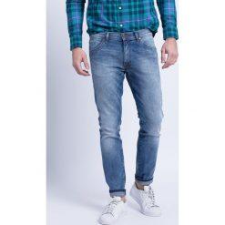 Wrangler - Jeansy Larston Slim Tapered. Niebieskie jeansy męskie slim Wrangler, z bawełny. Za 329,90 zł.